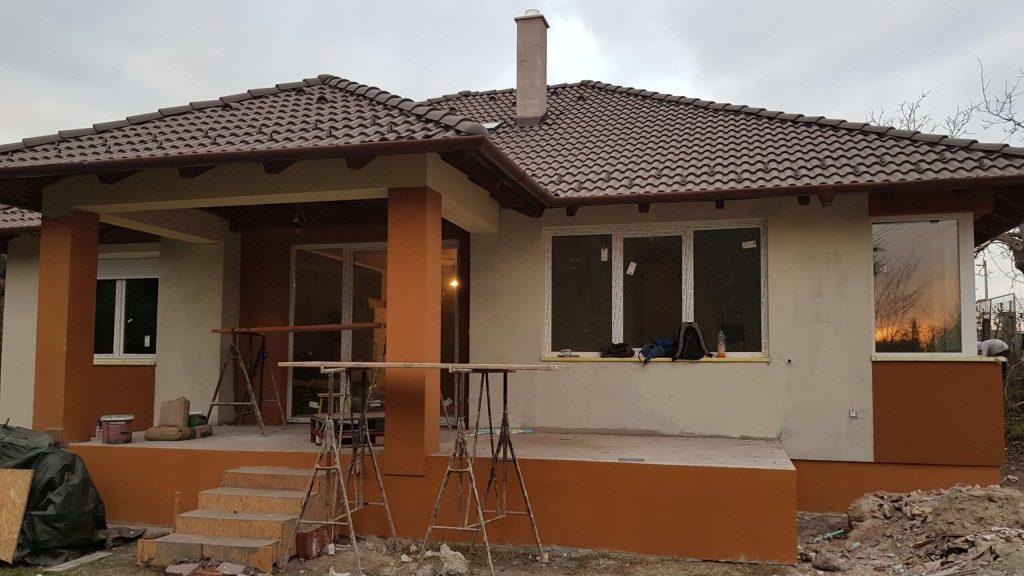 Otthonfelújítás - Gyongyosi-Csalad-es-KarrierPont